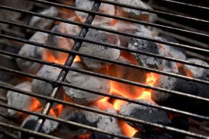 Charcoal-Grill-embers